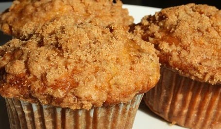 Banana Crumb Muffins | The Picky Apple