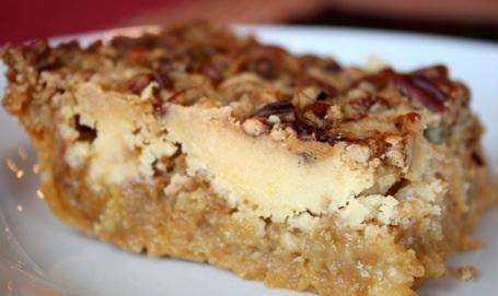 Pumpkin Crunch Cake | The Picky Apple