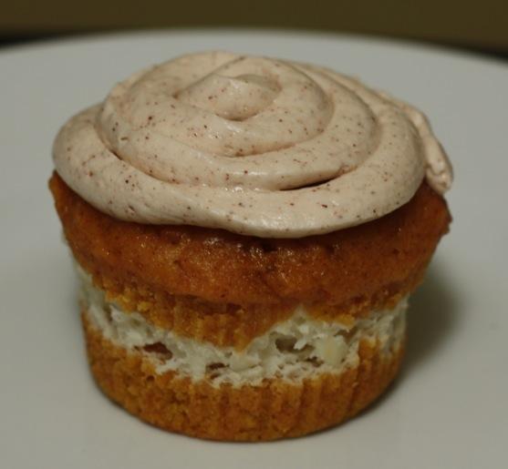 Cheesecake Filled Pumpkin Cupcakes 2