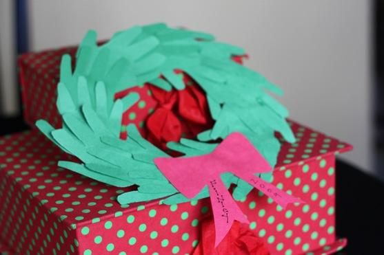 Hand Wreath 1