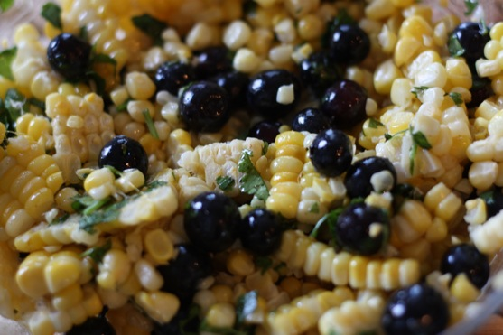 Corn and Blueberry Salad | The Picky Apple